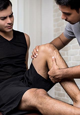 Alleviate Pain Management Clinic - Knee Examination